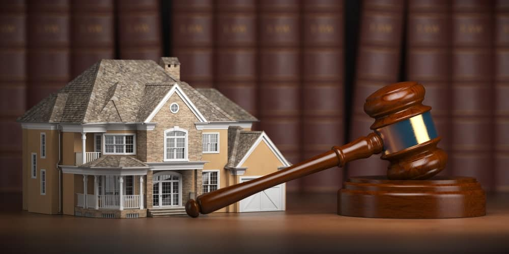 How Bankruptcy Protection and Foreclosure Defense Intersect